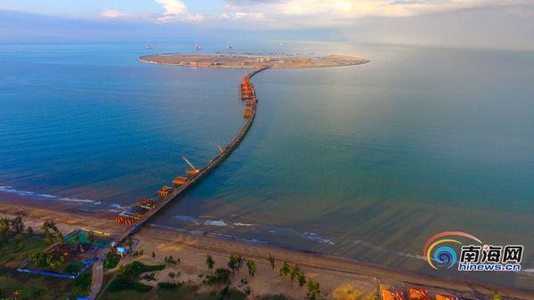 航拍|海秀快速路开通使西海岸新区发展加速