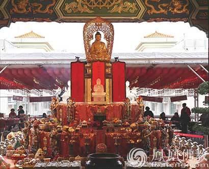 观宗寺庆祝香港回归20周年 800余四众弟子诵经祈福