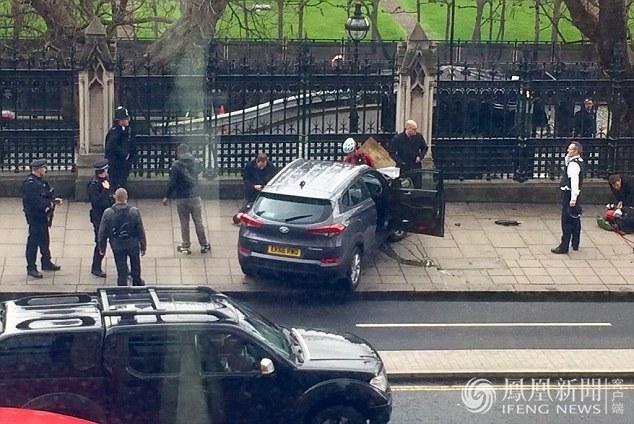 英国议会外发生恐袭致5死40伤