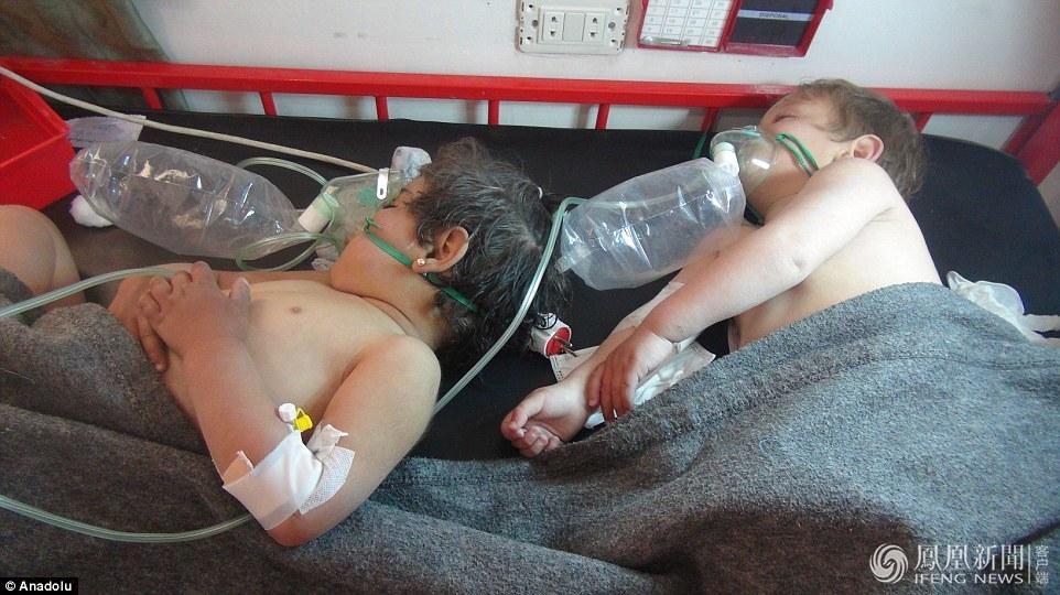叙利亚遭战机毒气突击现场(组图)