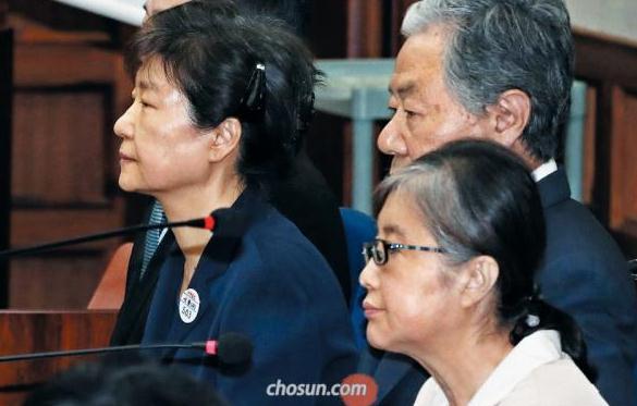 为什么欺骗我?朴槿惠:为受崔顺实蒙骗感到悲哀