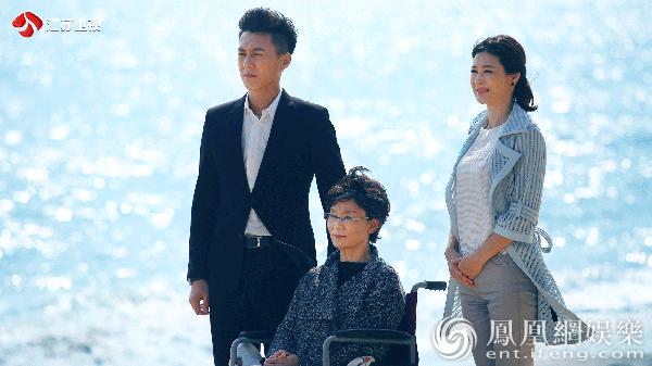 """《我们的爱》靳东展绅士魅力 戏外是""""现实版霸道总裁"""""""