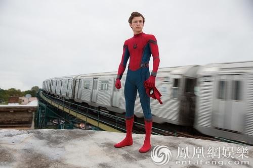 歪阅:一周新片:学生开学,《蜘蛛侠》也跟着返校了!