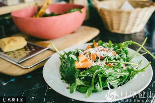 并非所有蔬菜都能生吃!这11种生吃堪比服毒