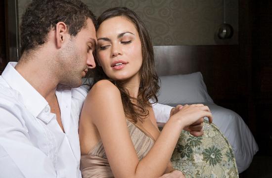 让男人坠入爱河的15个小秘诀