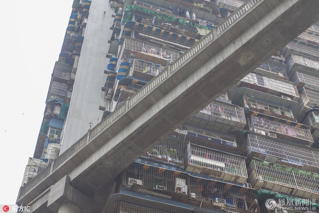 50米高,这可能是最独特的天桥