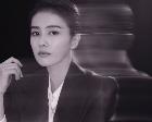 白鹿质感大片曝光 演绎黑白影片精彩?#24067;? title=