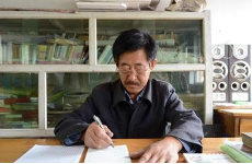 我国计划招募1万名退休教师到农村学校讲学