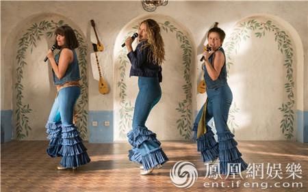 《妈妈咪呀2》口碑超前作 欢乐歌舞创造夏日氛围