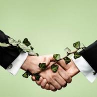 如何正确对待职场友谊?