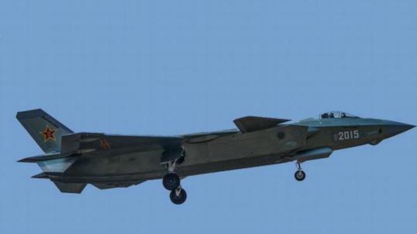 2000架四代机外加数百歼-20 中国空军算第几?