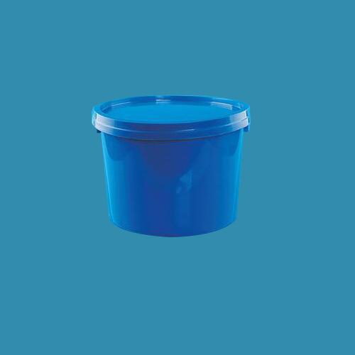 塑料桶生产厂家生产的塑料桶是由优质的聚乙烯材料进行一次性成型工艺