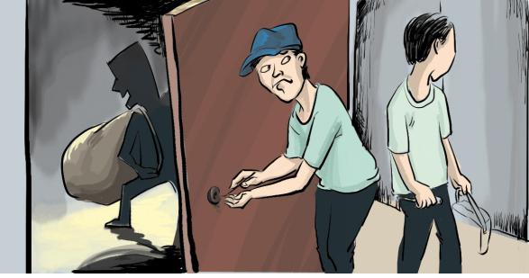 """小偷入室偷床大睡 被抓后抱怨""""偷东西太累人"""" 被捕前刚出狱5天 抚琴派出所民警说,张刚入室盗窃被发现的情形也非常具有戏剧性。在29日凌晨潜入主人家中盗窃成功后,他再次回到顶楼睡觉,睡到""""自然醒""""时,已是30日下午5点左右了。此时张刚觉得肚子很饿,本想从屋顶花园处直接下楼寻找吃的,谁知刚打开屋顶花园的门,就听见主人在家,只好立刻跑回自己的被窝。"""