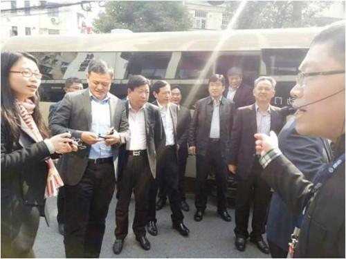 长宁区委书记一行领导和张家港市