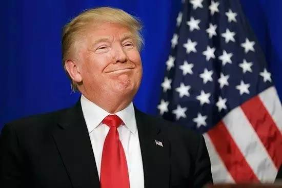 """特朗普""""泄密""""震惊全球 但美国法律拿他没办法"""