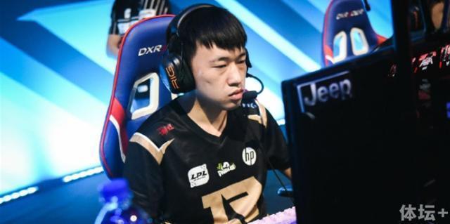 专访RNG小虎:阵容轮换是好事洲际赛争取多赢