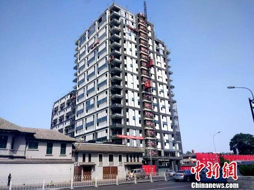 北京一处正在建设的楼房。中新网记者李金磊摄
