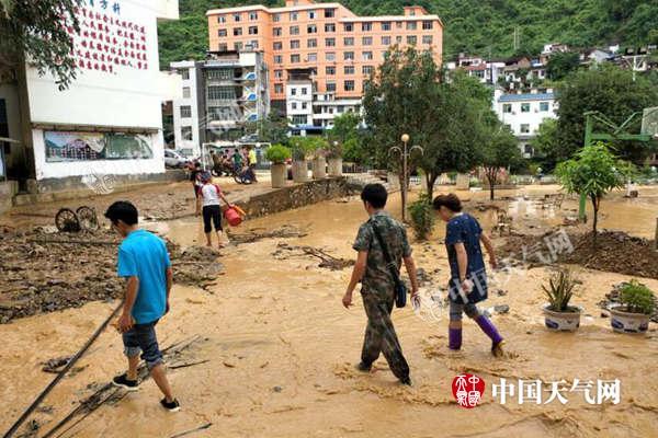 四川盆地开启新一轮降雨北方湿凉接管