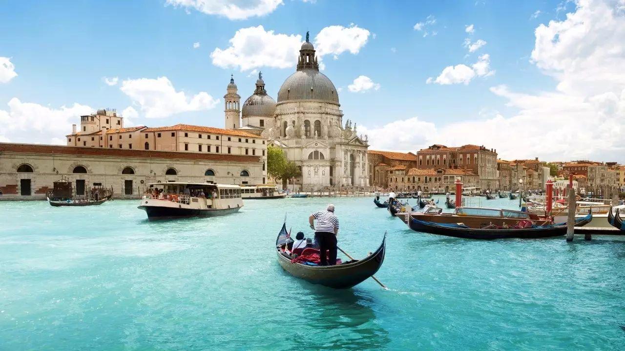威尼斯整个感觉就像中国一样