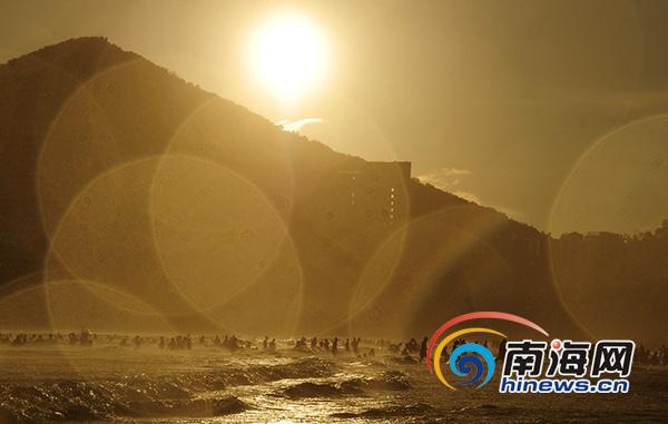 国庆假期第七天三亚八大景区迎客6.18万人次