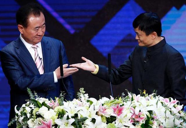 """马云是如何对待""""辞职员工""""的,跟王健林对比,两者差距真大!"""
