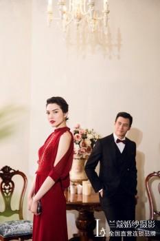 兰蔻婚纱摄影告诉您最新的广州2017婚纱照流行风格