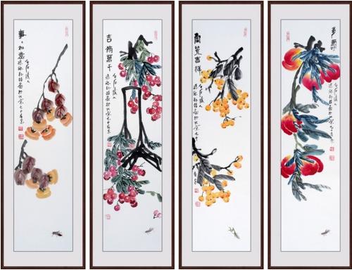 王一容老师这幅四条屏中中画有荷花分别于鸭,仙鹤,白鹭,鸳鸯等传统