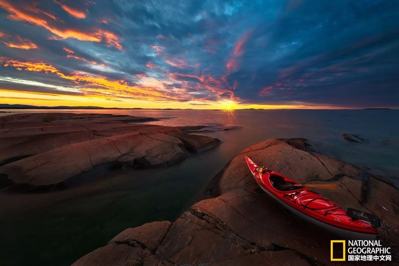 在安大略划船 无人居住的湖畔居然藏着这等绝世美景!