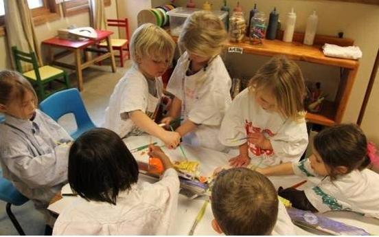 经济  瑞吉欧这个以儿童为中心的儿童观正是瑞吉欧教育几十年经久不衰图片