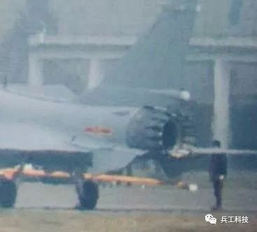 国产矢量推力喷管亮相!歼-20将成为最强五代机!