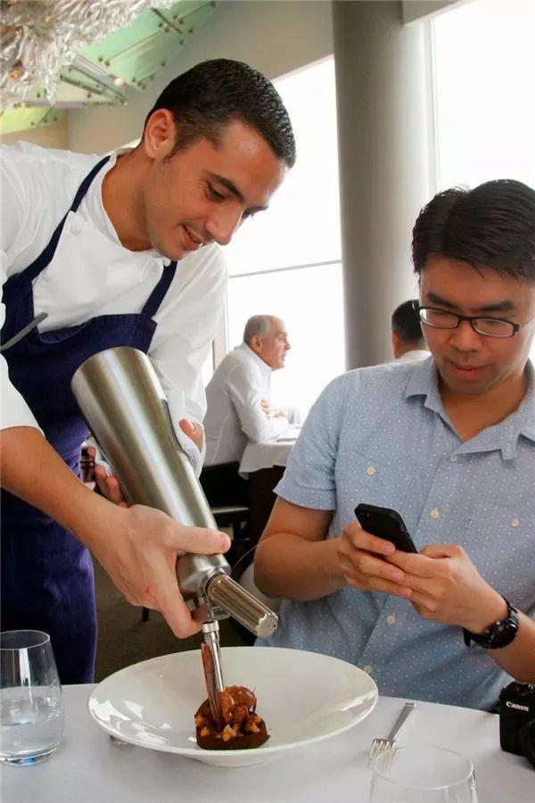 吃过这10家新加坡餐厅 你离本地老饕又近了一步
