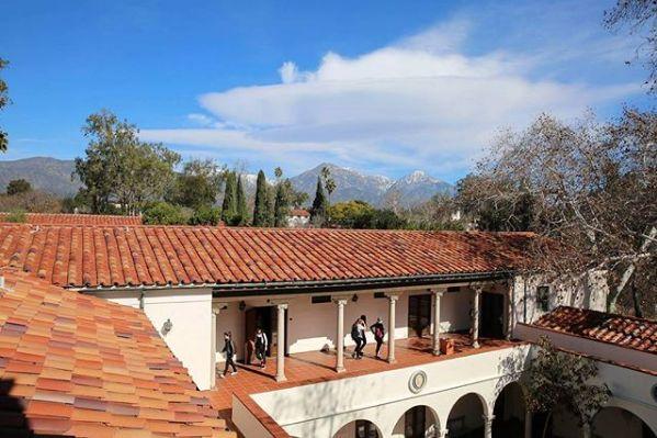 BBC评选全球7间最美校园 看着让人想重返校园