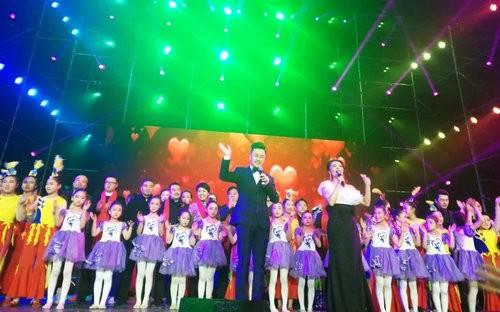 芒砀山旅游区新春联欢晚会在永城市体育馆成功举办