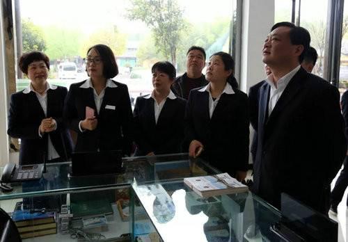 内乡县衙博物馆组织人员到恐龙遗迹园景区考察学习5A级景区建设工作