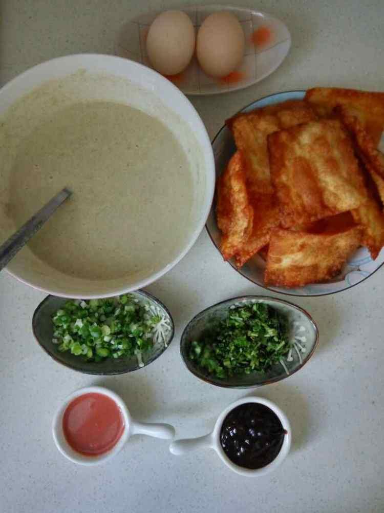 天津煎饼果子的做法步骤3