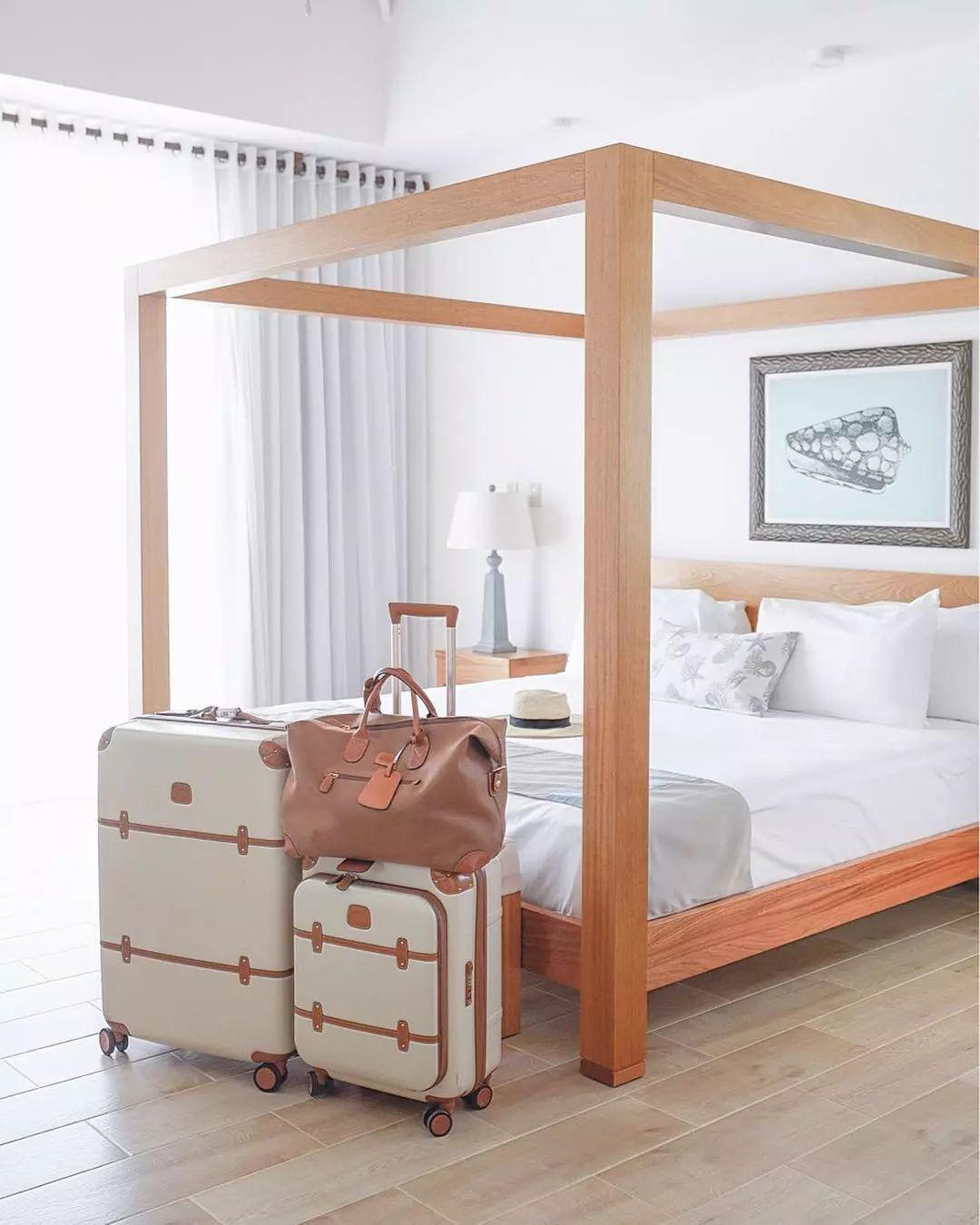 """夏日旅行季  要带什么样的行李箱才有""""型""""?"""