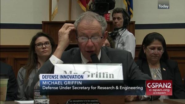美副防长:美国高超声速研究依然领先 只不过……