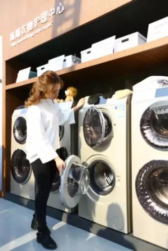 洗衣机哪个牌子好?卡萨帝空气洗了解一下