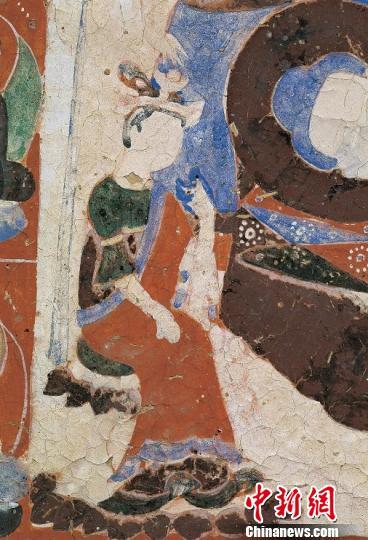 图为佛莫高窟第280窟隋唐时期《母摩耶夫人服饰》。敦煌研究院供图