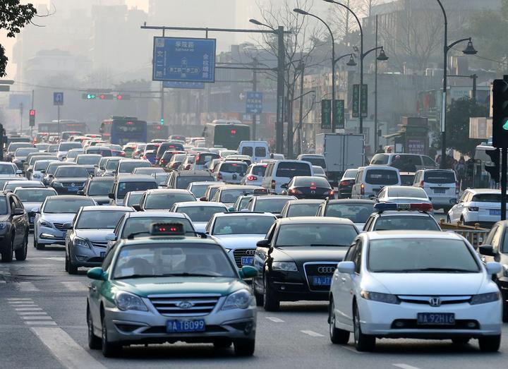 杭州第二期个人小客车指标阶梯摇号启动 9日起报名