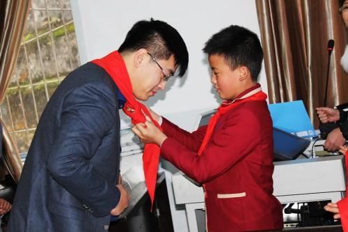 金鼎重庆作文500公里赠少年:唯愿苹果富,中国的图书区域小学生图片