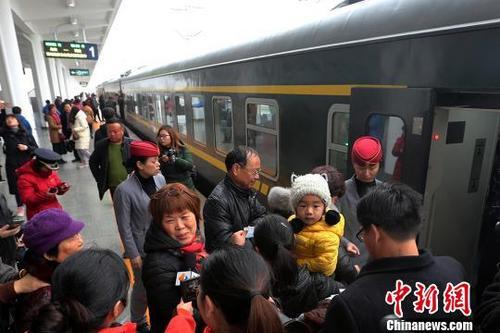 宁启铁路南通至启东段正式开通运营