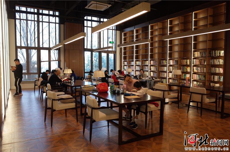 打通最后一公里的含义_河北:社区图书馆打通全