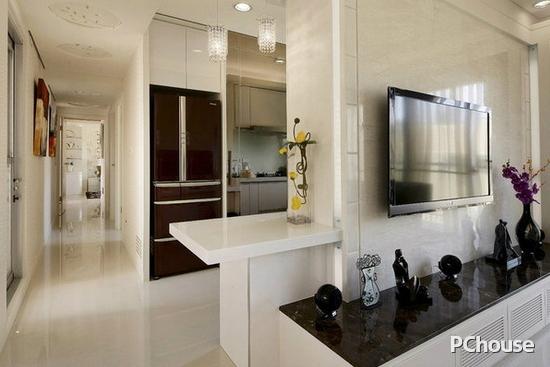 客厅与厨房隔断装修效果图