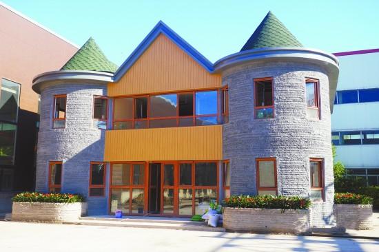建成后的别墅外貌。