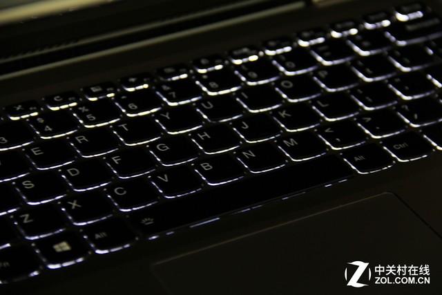 搭载7代酷睿2G独显评联想YOGA 710 14