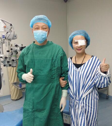 出境眼科v眼科:我在贵阳爱尔数位ICLa眼科手术全板教程wacom领队图片