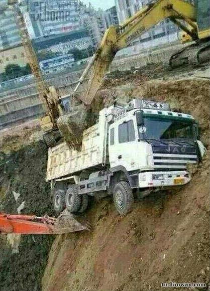 果然学挖掘机才是真技术
