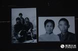 1960年的夏天,老实巴交的安徽农民秦大爷带着妻子、两个儿子和一个女儿,从安徽无为县出发,先从芜湖上船到九江,再从九江坐火车到南昌。经过几天几夜的旅程,在南昌市区的八一桥下搭起了个棚窝。在江滩上居住了几天后的一天中午,秦大爷的长子再没到家中。