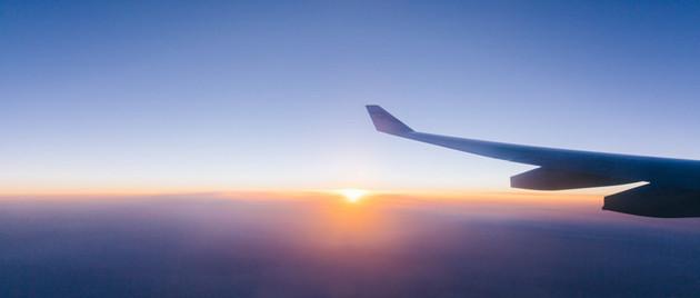 """""""宠儿""""的黑白面:波音737飞机的50年与4天 (图)"""